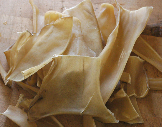 dried-skin-for-hide-glue