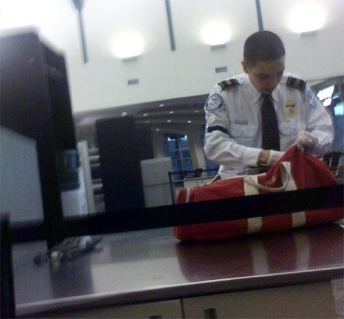 protect-your-luggage-by-flying-with-gun-legally.w654